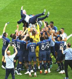 时隔二十年法国再夺冠