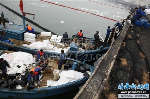 青岛爆炸之15问 安监总局局长只是抛了个砖